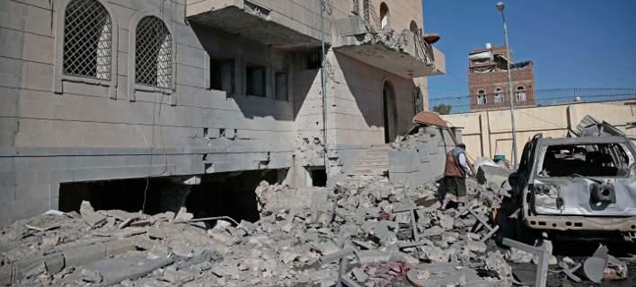 11 νεκροί από βομβιστική επίθεση νοτιοανατολικά της Υεμένης