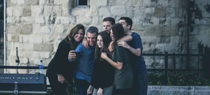 Ερχεται το πρώτο μουσείο αφιερωμένο στις... selfies