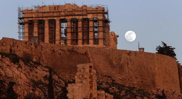 «Σούπερ μπλε, ματωμένο φεγγάρι» απόψε. Τρία σπάνια φαινόμενα σε ένα μετά από 152 χρόνια