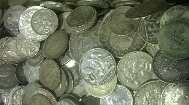 Έκλεψαν συλλεκτικά νομίσματα αξίας 100 χιλιάδων ευρώ!