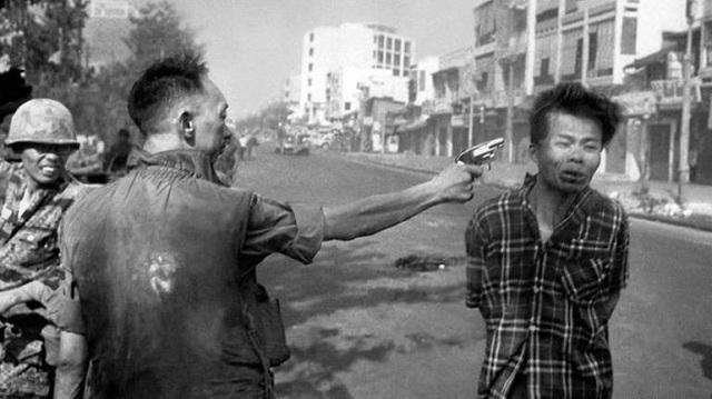 DW: Η φωτογραφία που άλλαξε το πρόσωπο του πολέμου στο Βιετνάμ