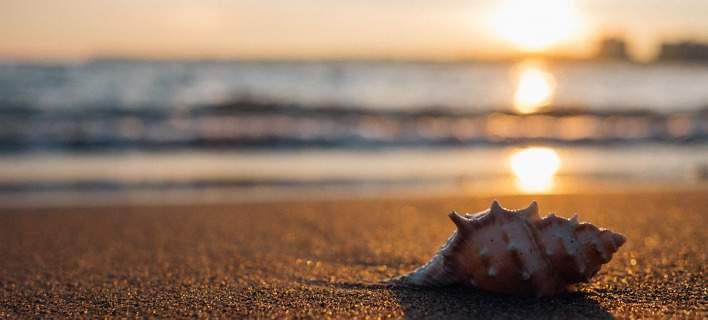 Στην Ισπανία ετοιμάζουν οργανωμένη παραλία για αντικαπνιστές