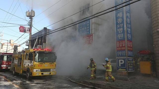Νότια Κορέα: Σε 40 ανήλθε ο αριθμός των νεκρών από την πυρκαγιά σε νοσοκομείο