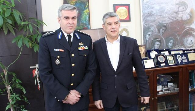 Συνάντηση περιφερειάρχη Θεσσαλίας με τον Υποστράτηγο Πυροσβεστικού Σώματος