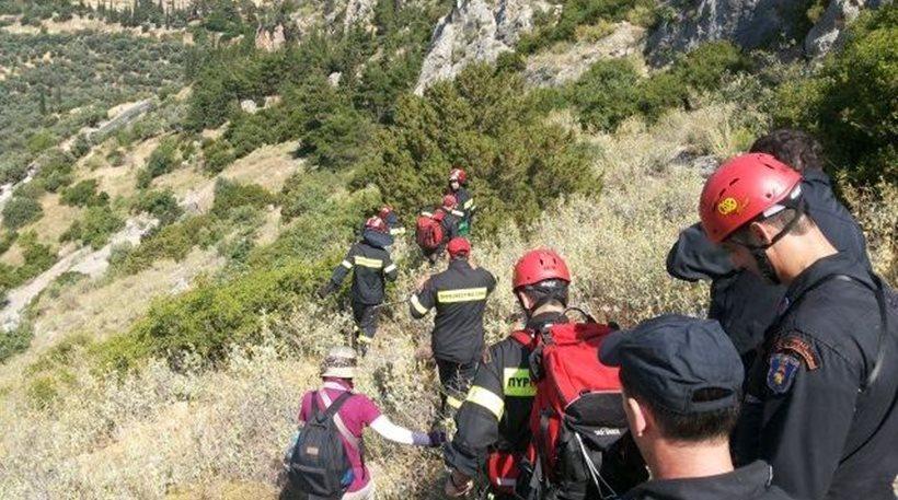 46χρονος έπεσε με το αυτοκίνητό του σε χαράδρα στα Tρίκαλα
