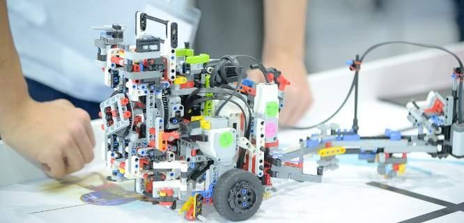 Πανελλήνιος διαγωνισμός ρομποτικής στον Βόλο