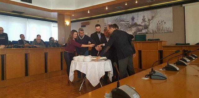 Εκοψε την πίτα του ο Σύλλογος Εργαζομένων Περιφέρειας Θεσσαλίας