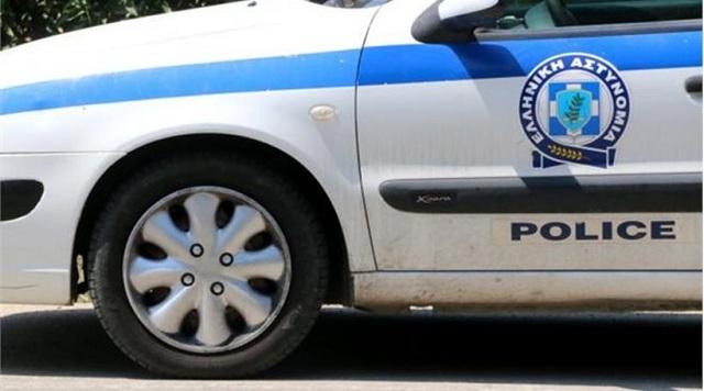 Κουκουλοφόροι ληστές με μαχαίρι μπήκαν σε σπίτι 59χρονης