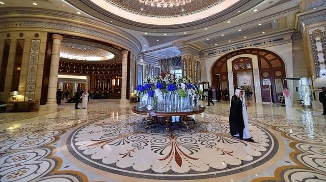 Σαουδική Αραβία: Άνοιξε η «χρυσή φυλακή» των πριγκίπων, το ξενοδοχείο Ritz-Carlton