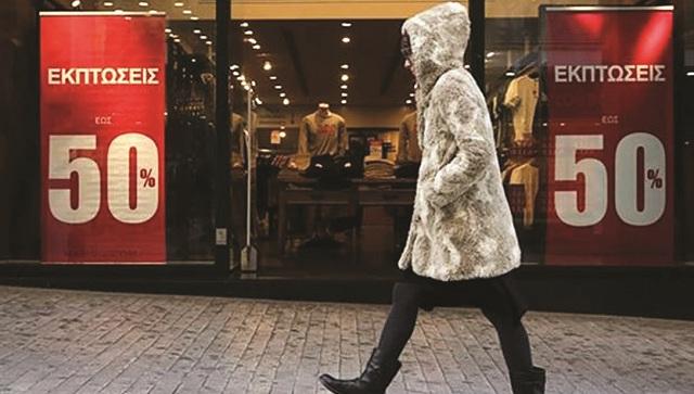 Στέρεψε η αγορά από ρευστό, εισπράξεις με το ζόρι στα καταστήματα