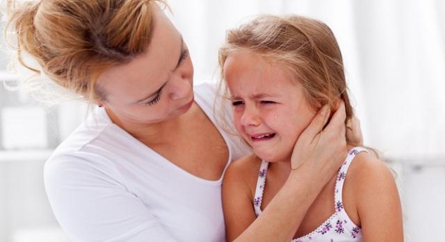 Πόνος στο αυτί του παιδιού: Τί μπορείτε να κάνετε