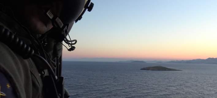 Σκηνικό πολέμου στήνει η Τουρκία στα Ιμια