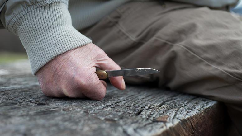 Μαγαζάτορας έβγαλε μαχαίρι σε υπαλλήλους του ΔΕΔΔΗΕ