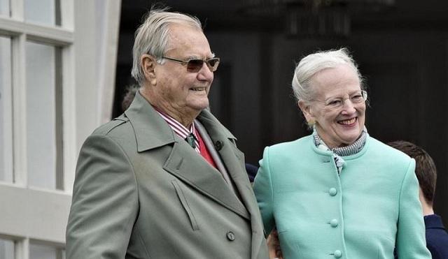 Πέθανε πικραμένος ο πρίγκιπας Ερρίκος της Δανίας