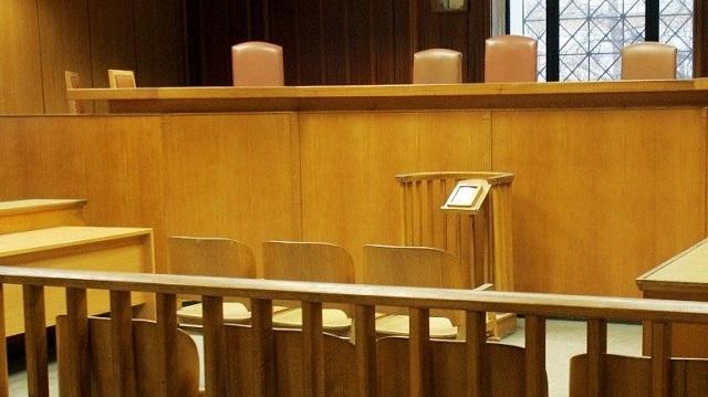 Σε δίκη παραπέμπονται 13 υπάλληλοι ασφαλιστικών ταμείων για υπεξαίρεση