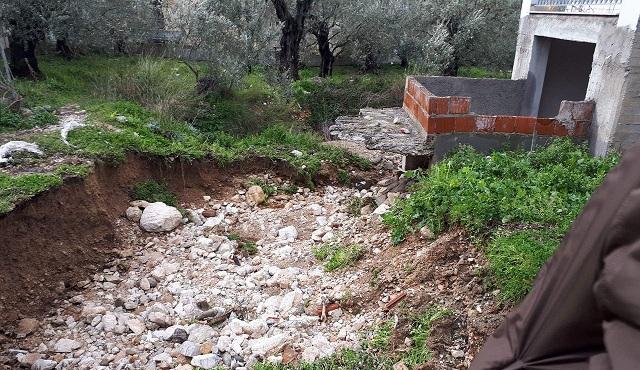 Συνεργεία του Δήμου στην Αγριά για την αντιμετώπιση προβλημάτων από τις βροχοπτώσεις
