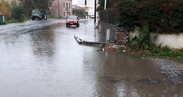 ΚΚΕ: Περιφέρεια και Δήμοι «πνίγηκαν» σε μερικά χιλιοστά βροχής