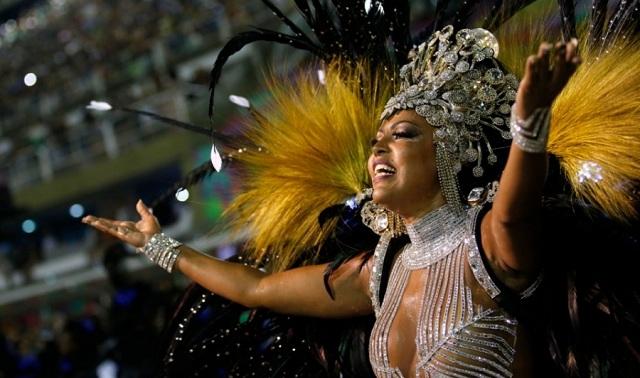 Ξέφρενο πάρτι καρναβαλιού στο Ρίο [εικόνες]