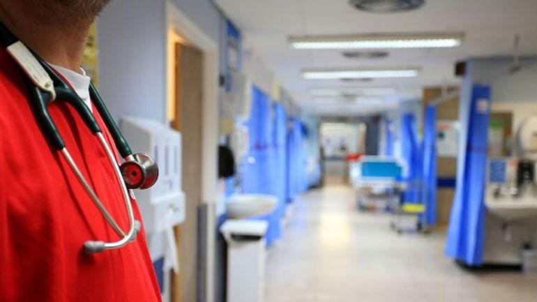 Πάτρα: Βρέφος εισήχθη με ωτίτιδα στο νοσοκομείο και νόσησε από ιλαρά