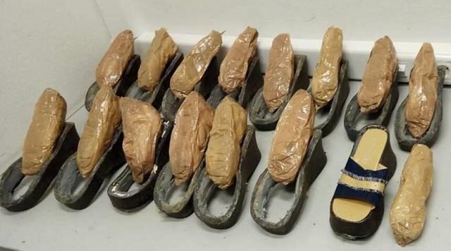 Νοτιοαφρικανή έφτασε στο «Ελ. Βενιζέλος» με έξι κιλά ηρωίνης κρυμμένη... στα παπούτσια της