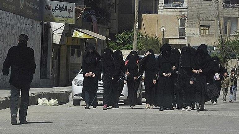 Ιράκ: 16 Τουρκάλες καταδικάστηκαν σε θάνατο για συμμετοχή στο ISIS