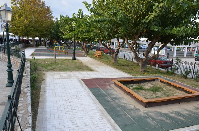 Παραχώρηση χρήσης κοινόχρηστων χώρων στη Σκόπελο