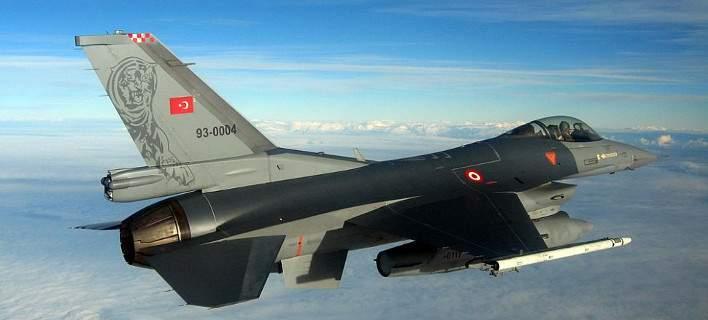 Νέα πρόκληση: Δύο ζεύγη τουρκικών F-16 έκαναν το γύρο της Κύπρου
