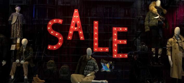 ΕΣΕΕ: Μειωμένες κατά 487 εκατ. ευρώ οι πωλήσεις στις εκπτώσεις