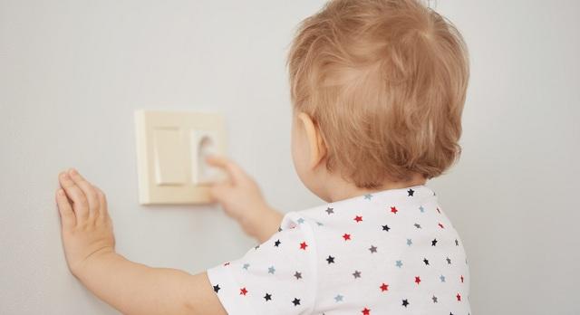 Ο Σύνδεσμος Ηλεκτρολόγων εφιστά την προσοχή για αποφυγή ηλεκτροπληξίας