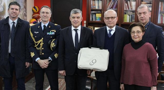 Συνάντηση του Περιφερειάρχη με τον Πρέσβη της Ιταλίας στην Ελλάδα