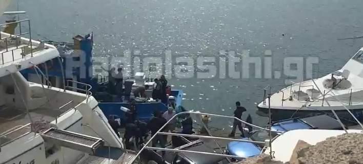 Κρήτη: Τεράστια ποσότητα κάνναβης σε αλιευτικό -Πάνω από 1 τόνος [βίντεο]