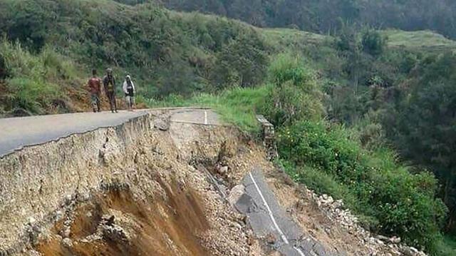 Παπούα Νέα Γουινέα: Τουλάχιστον 18 νεκροί από ισχυρή σεισμική δόνηση 6,7R