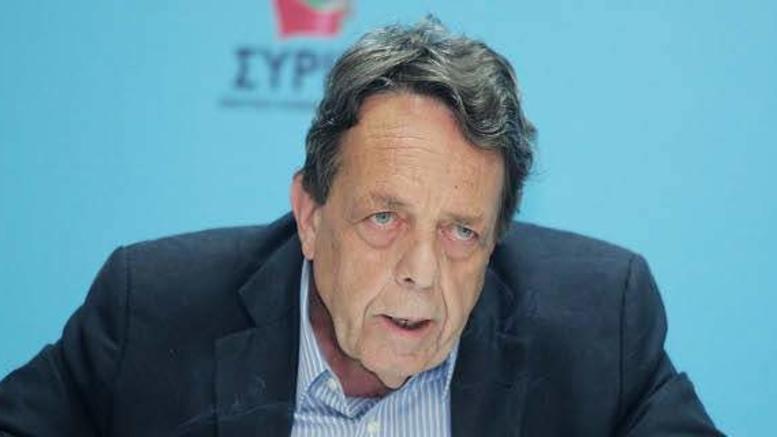 Πέθανε ο δημοσιογράφος Βασίλης Μουλόπουλος