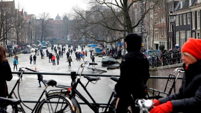 Πολύωρο μπλακάουτ στο Άμστερνταμ από κομμένο καλώδιο