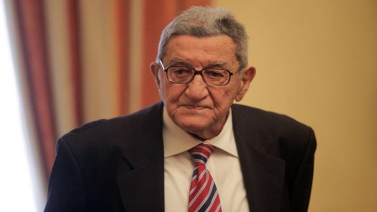 Πέθανε ο δάσκαλος της δημοσιογραφίας Χρήστος Πασαλάρης