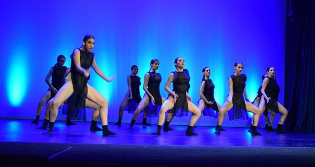 Νεαροί Βολιώτες χορευτές με ζηλευτές διακρίσεις [photos]
