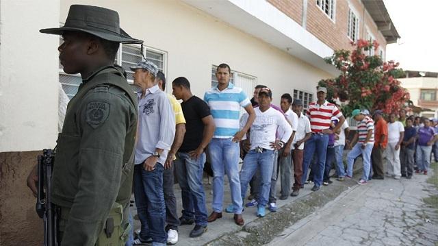 Κολομβία - Εκλογές: Η Δεξιά προηγείται, αλλά χωρίς να εξασφαλίζει πλειοψηφία