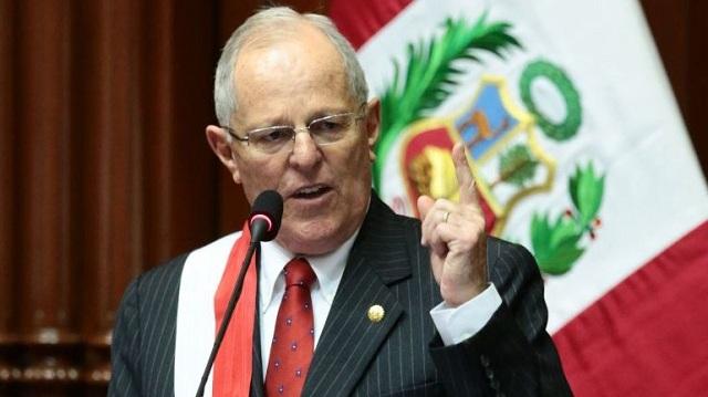 Περού: Η πλειοψηφία των πολιτών τάσσεται υπέρ της καθαίρεσης του προέδρου Κουτσίνσκι