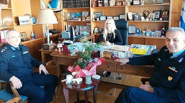 Συνάντηση του νέου Περιφερειακού Διοικητή Πυροσβεστικής Θεσσαλίας με την Αντιπεφερειάρχη