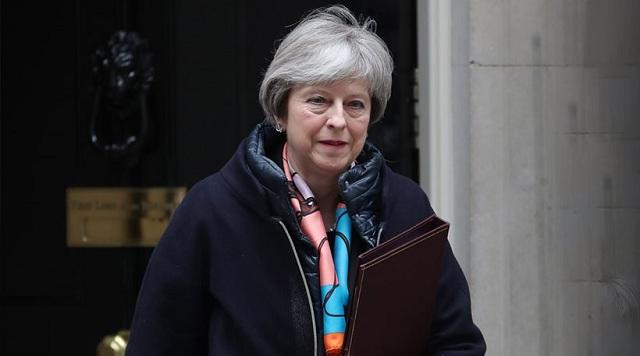 Απέλαση 23 Ρώσων διπλωματών από τη Βρετανία ανακοίνωσε η Τερέζα Μέι