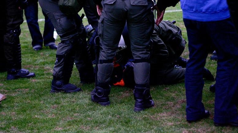 17 συλλήψεις για βίαια επεισόδια σε σχολικό αγώνα στη Θεσσαλονίκη