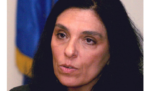 Εισβολή κουκουλοφόρων στο Πανεπιστήμιο Πειραιά: Επίθεση στη Μαίρη Μπόση