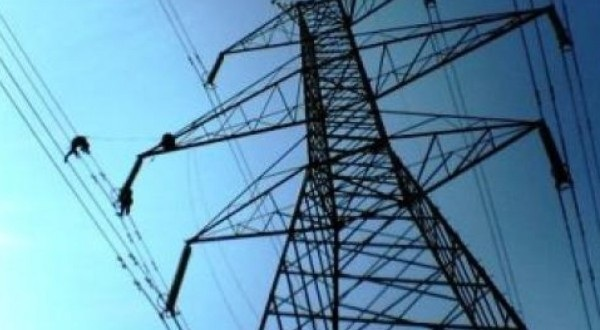 Ειδικό βοήθημα επανασύνδεσης ηλεκτρικού ρεύματος σε δημότες του Δήμου Ρ. Φεραίου