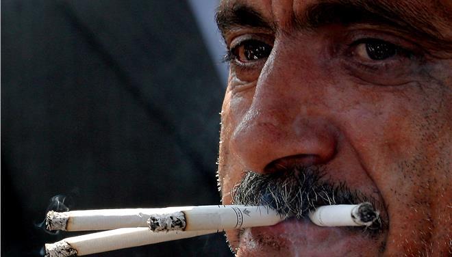 Τσιγάρα με λιγότερη νικοτίνη για διακοπή της εξάρτησης