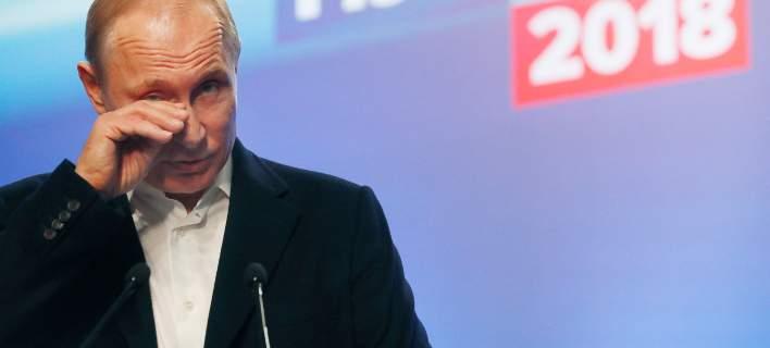 Με 76,65% «Τσάρος» ως το 2024 ο Πούτιν