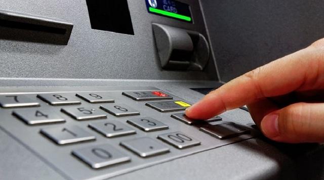 Εξαρθρώθηκε σπείρα που «χτυπούσε» τραπεζικά μηχανήματα δημοσίων κτιρίων