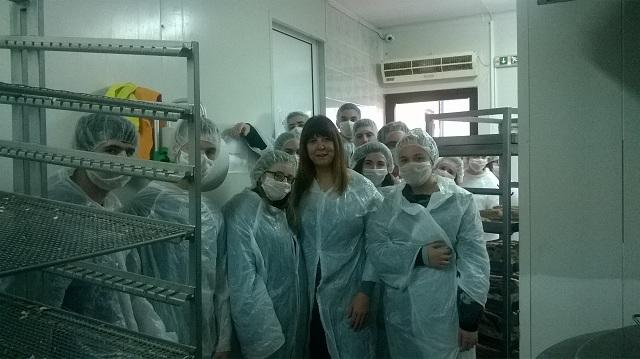 Μαθητική επίσκεψη στο εργαστήριο παρασκευής τόνου Αλοννήσου