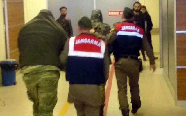 Στο δικαστήριο οι δύο Ελληνες στρατιωτικοί