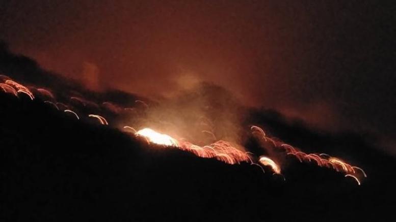 Μάχη με τις φλόγες στην Κρήτη: Πάνω από 20 πυρκαγιές. Εκκενώθηκε οικισμός