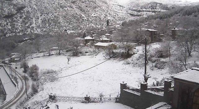 Ήπειρος: Εκπληκτικές εικόνες στα χιόνια. Τα τρελά του καιρού συνεχίζονται